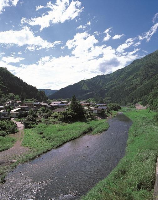 農山村ボランティア「若葉のふるさと協力隊」in群馬県上野村